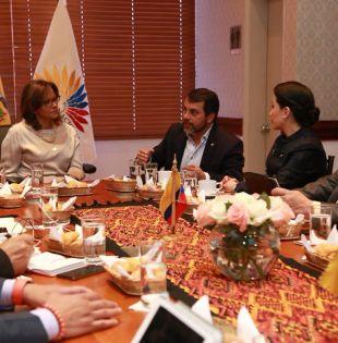 Granda invitó a la función Legislativa a sumarse al Acuerdo Nacional por el IESS.