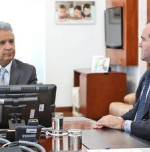 El presidente Lenín Moreno se reunió con Mauricio Claver-Carone, asesor del presidente estadounidense Donald Trump. Foto: Presidencia.