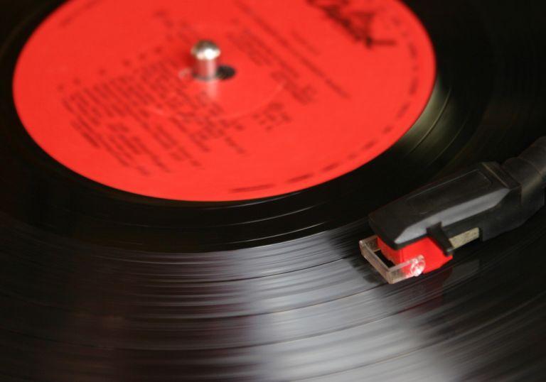 Los amantes de los discos de vinil juran que la experiencia musical es mejor.