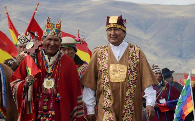 Morales en la ceremonia de investidura indígena en Tiahuanaco. Foto: REUTERS/ ABI /Presidencia de Bolivia