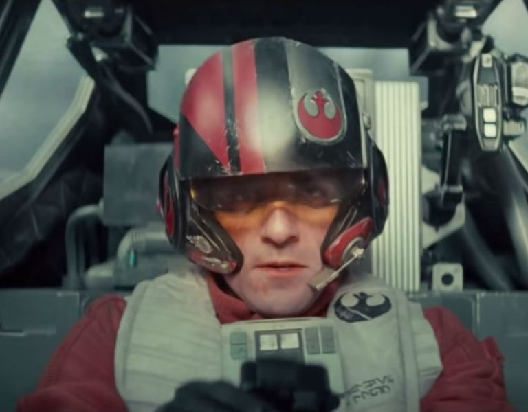 """Star Wars: The Force Awakens"" se estrenará en diciembre de 2015."
