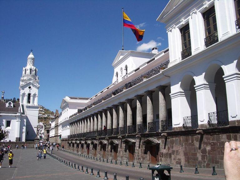 Mediante Decreto Ejecutivo, el presidente Correa anunció cinco cambios en su gabinete ministerial. Foto: Archivo