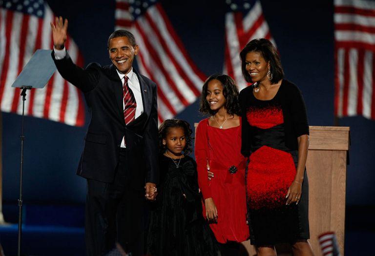 La familia Obama al inicio de primer periodo presidencia de Barack Obama (2009).