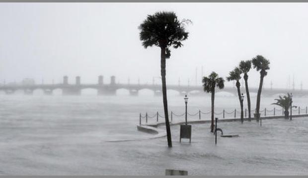 ST AGUSTÍN, EE.UU.- Matthiew registraba vientos de 120 km/h, ubicándose en categoría 1 en la escala Saffir Simpson. Foto: STAGUSTIN.com.