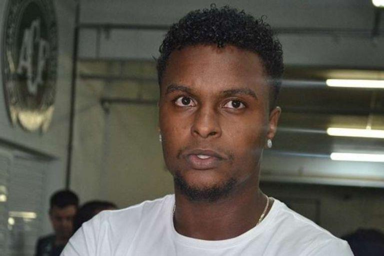 BRASIL.- El centrocampista del club brasileño, Moisés Ribeiro Santos, cree que el único responsable de la tragedia que enluta al fútbol es el piloto. Foto: Twitter