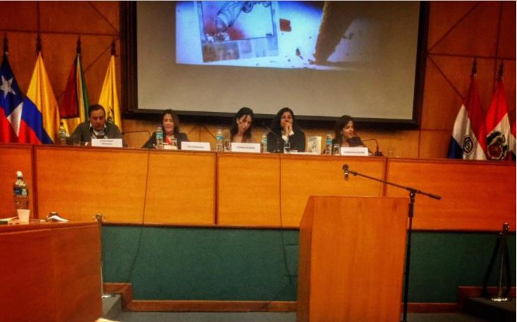 """""""El delito de expresarte"""" es escrito por varios autores con respaldo de Fundamedios. Foto: Twitter / Fundamedios."""