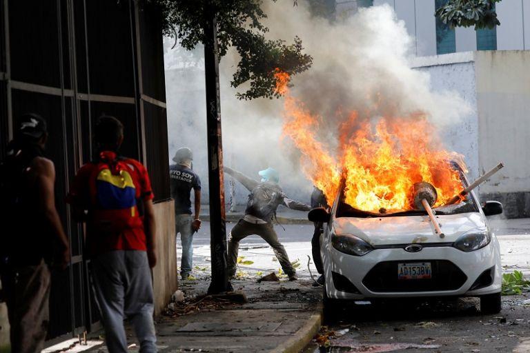 Desde el 1 de abril Venezuela vive una oleada de manifestaciones a favor y en contra del Gobierno.   Foto: Reuters.