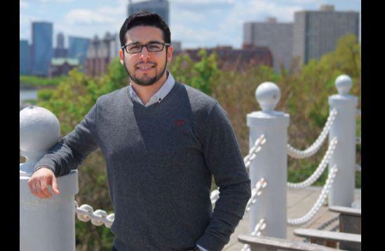 Ronald Bautista emigró con su familia a Estados Unidos a raíz de la crisis bancaria en Ecuador. Foto: Cortesía