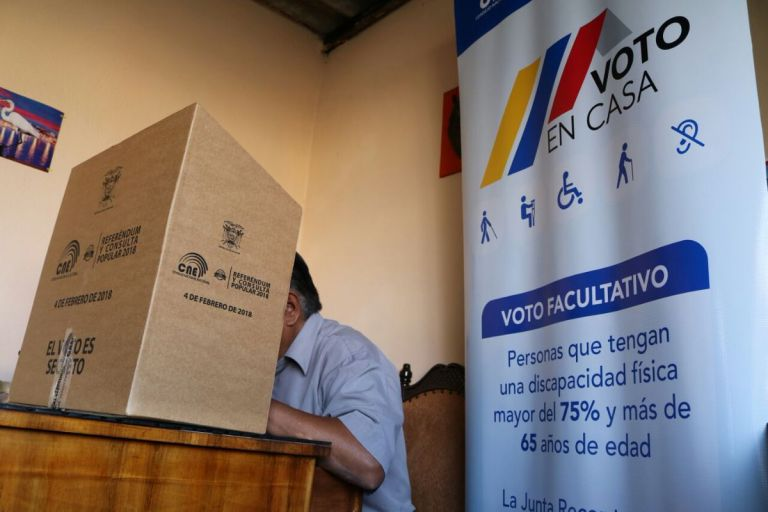 La Presidenta del CNE resaltó que el Voto en Casa permitirá que 756 personas, a escala nacional. Foto: CNE