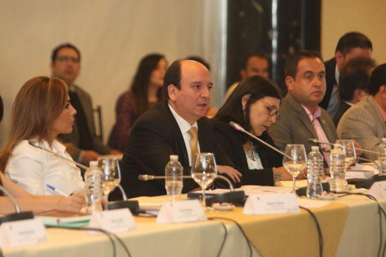 Carlos Baca, durante su defensa en la sustanciación del juicio político planteado en su contra. Foto: Asamblea