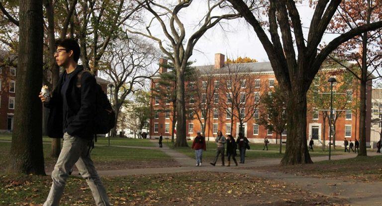 Harvard niega discriminar a estudiantes asiáticos, pero defiende su uso de criterios de selección más amplios que la excelencia académica. Foto: Reuters