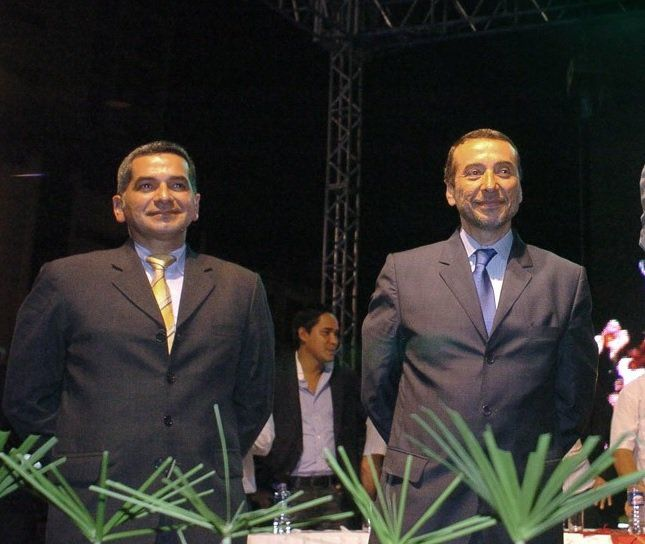 Vinicio y Fernando Alvarado registraron crecimiento en ingresos cuando fueron funcionarios. Foto: Tomado de Medium.