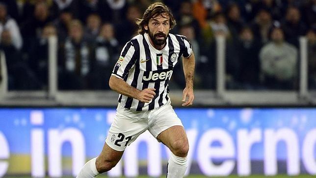 Nacido en Brescia, Pirlo demostró su destreza con el balón a muy temprana edad. Foto: AFP