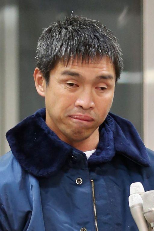 Mitsuhiro Iwamoto, de 52 años, llegó al puerto de Fukushima a bordo de su velero de 12 metros de eslora, casi dos meses después de zarpar de California. Foto: AFP.