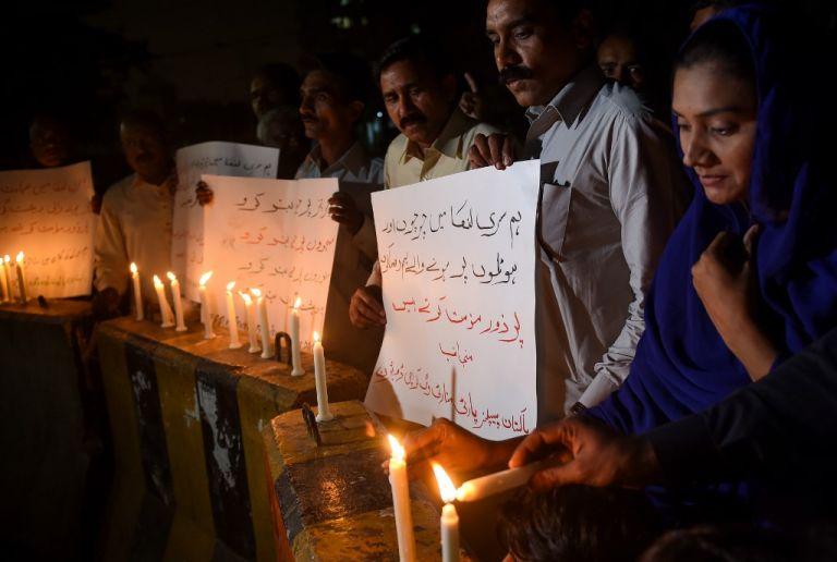 Las condolencias y los llamados a defender la libertad religiosa se multiplicaron en el mundo. Foto: AFP.