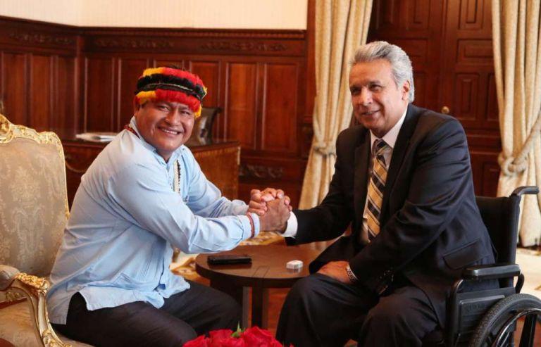 El presidente de la Conaie, Jaime Vargas, y el presidente Moreno, en noviembre de 2017, durante una evaluación de acuerdos. Foto: archivo