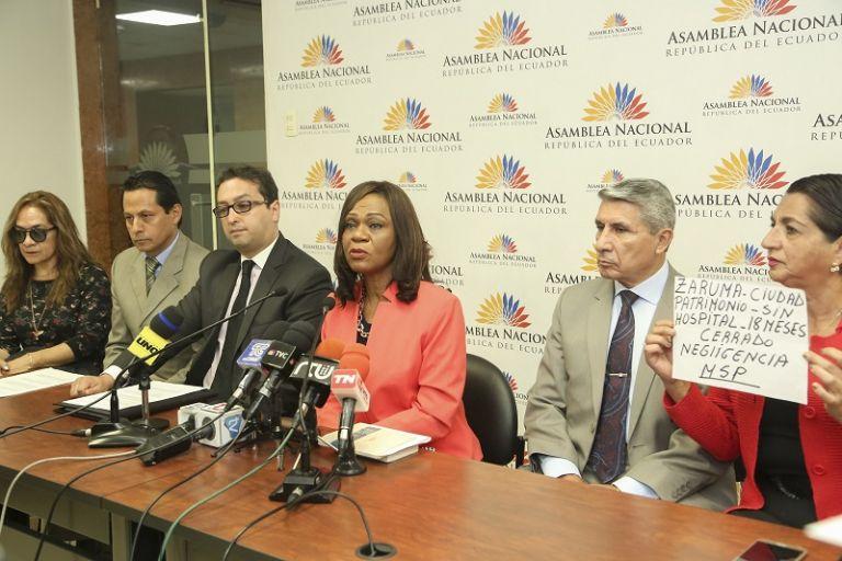 """""""Existen innumerables denuncias, quejas de varios y distintos sectores sobre la acción de la ministra"""", dijo Montaño. Foto: Flickr Asamblea"""