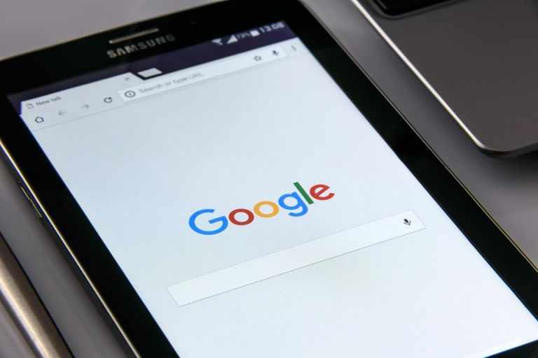 Según señala el estudio, Google ha monetizado cada vez más los contenidos de noticias. Foto: Pixabay