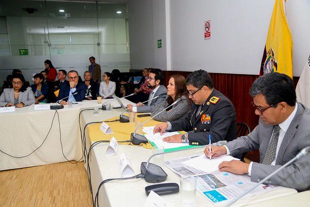 El general Almeida explicó cuáles son los procedimientos que se siguen para la entrega - recepción de medicinas e insumos.