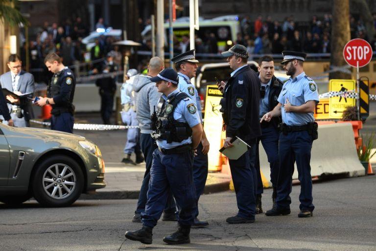 El hombre tenía una llave USB con detalles de los ataques supremacistas en Estados Unidos y Nueva Zelanda. Foto: AFP