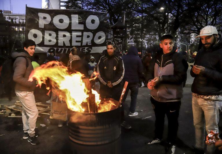 Argentina ha estado en recesión desde 2018 y está luchando contra el aumento del desempleo y una de las tasas de inflación más altas del mundo. Foto: AFP