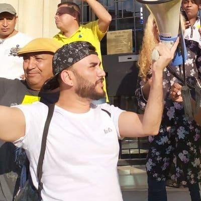 """Winer milita en diversas asociaciones y colabora en """"Maricolandia"""", un colectivo de ayuda mutua entre latinoamericanos migrantes. Foto: Twitter."""