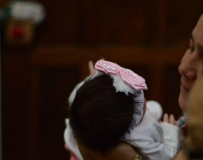 E. y J. intentaron quedar embarazadas en cinco ocasiones, hasta que nació su milagro.