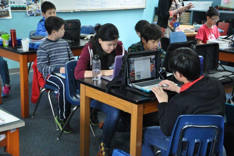 Varios países asiáticos figuran entre los mejores educados del mundo en lectura, ciencias y matemáticas. Foto: Pixabay