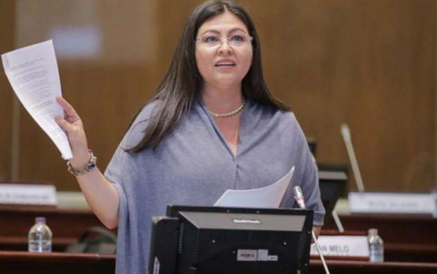La exasambleísta Sofía Espín se encuentra en México.