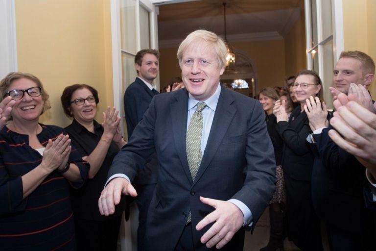 """""""Pondré fin a todas esas tonterías y llevaremos a cabo [el Brexit] a tiempo el 31 de enero, sin 'si', sin 'pero', sin 'tal vez'"""", afirmó Johnson. Foto: AFP"""