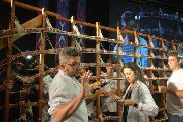 La producción del embutido requirió el trabajo de unas 100 personas. Foto: @GobiernoTandil.