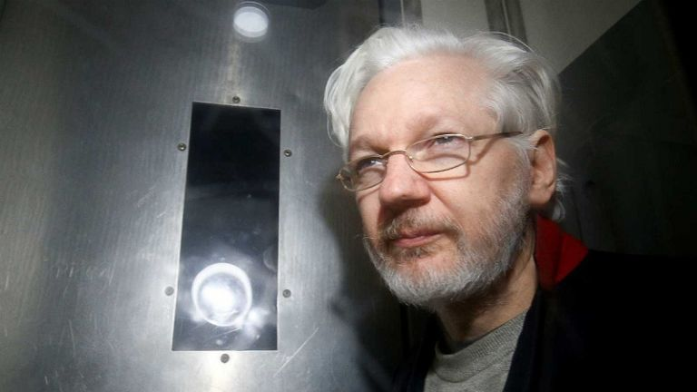 Assange, de 48 años, está detenido en una cárcel de alta seguridad en Belmarsh, al este de Londres. Foto: Reuters