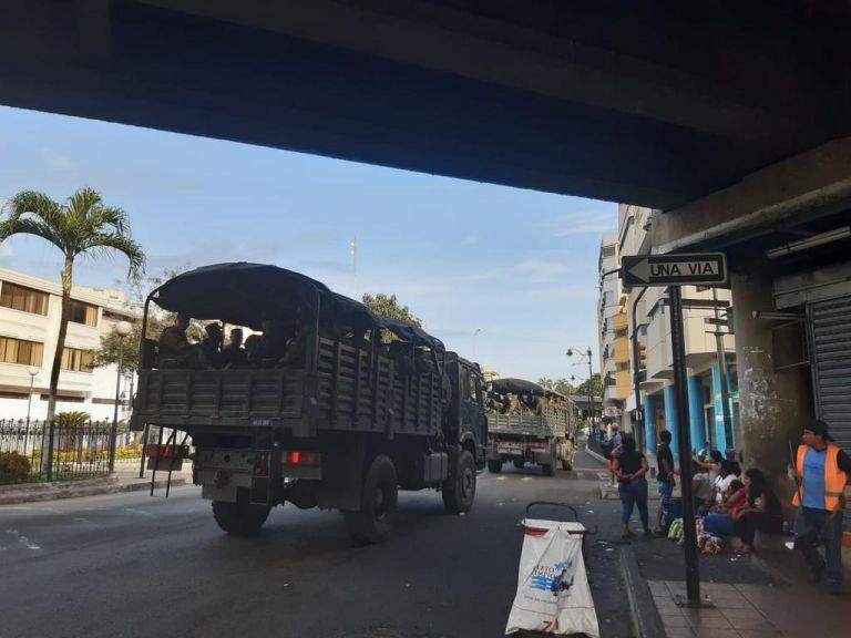 Desagarradoras imágenes en Ecuador de cadáveres en la calle víctimas de coronavirus