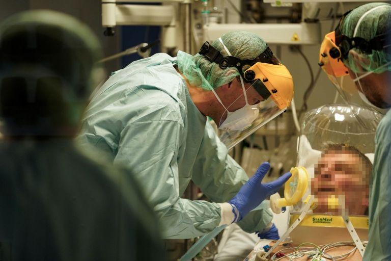 Hasta ahora han muerto más personas por coronavirus en EEUU que los muertos por el 11/S. Foto: AFP.
