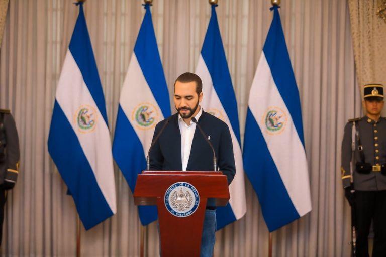 Nayib Bukele, presidente de El Salvador, llamó la atención en su país por las tempranas medidas frente a la pandemia, incluso antes de registrar su primer caso.