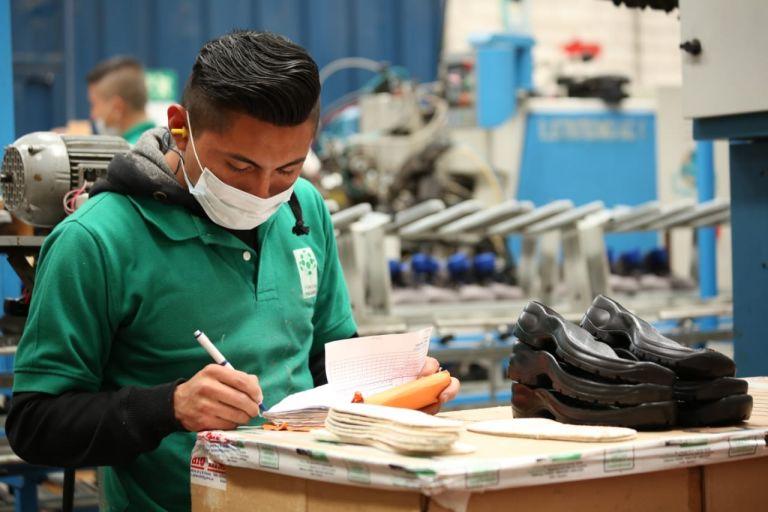 Para este producto crediticio, denominado PYME Exprés, está prevista la colocación de hasta 50 millones de dólares. La meta es llegar a alrededor de 500 empresas del segmento y procurar la estabilidad laboral de 25.000 plazas de trabajo.