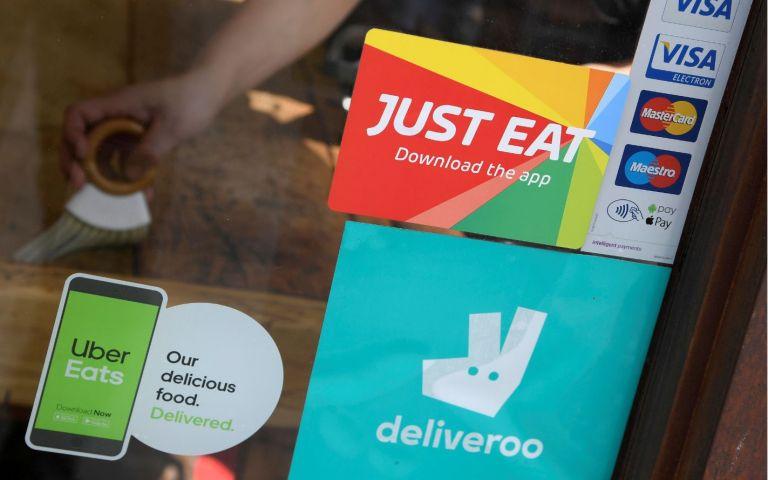 Servicios de entrega de comida a domicilio. Foto: Reuters.