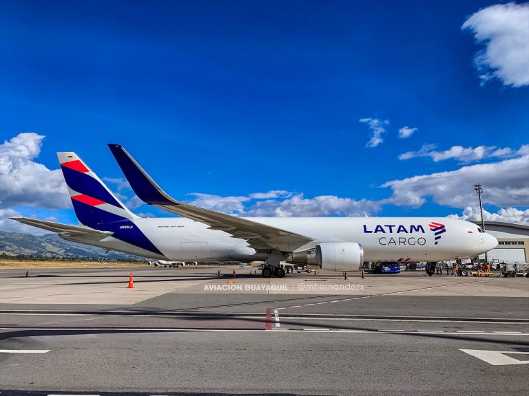 Durante las últimas semanas en las instalaciones del aeropuerto internacional Mariscal Sucre de Tababela se han coordinado vuelos de repatriación, los cuales han generado valiosos aprendizajes sobre cómo deberían llevarse las operaciones aeroportuarias siguiendo las exigencias de cuidado sanitario.