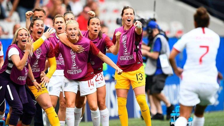 FIFA abordó el impacto que el coronavirus está teniendo en el fútbol femenino y la forma en que la organización está colaborando con todos los grupos de interés para socorrer al sector.