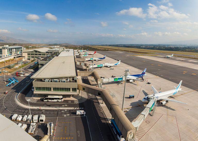 Pasajeros que lleguen del extranjero deberá cumplir con el aislamiento obligatorio.