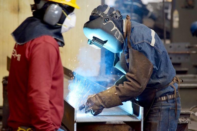 Las empresas metalmecánicas se reactivaron con la reanudación de proyectos en el sector de la construcción. Foto: Cortesía de SEDEMI.