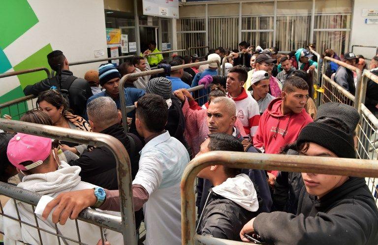 La comunidad de venezolanos considera que pocos son los que disponen de 50 dólares para pagar la visa.