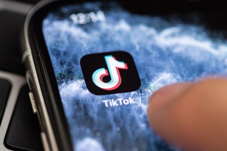 La red social ha levantado grandes dudas acerca de la seguridad de los datos de los usuarios y de sus vínculos con el Partido Comunista Chino. Foto: EFE