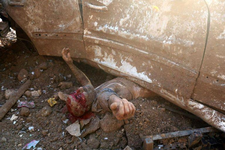El fotógrafo de Reuters, Mohamed Azakir, tomó esta fotografía minutos después de la explosión que ha dejado más de 140 muertos en Beirut. Foto: Reuters.