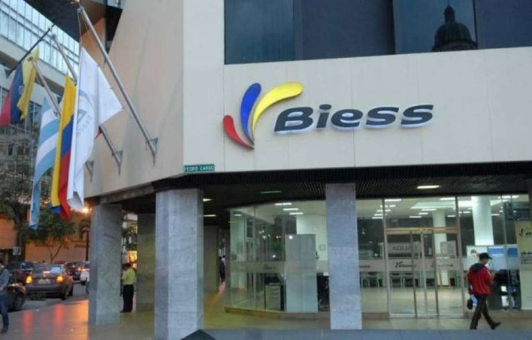 El Biess enfatizó que todo trámite es gratuito y por ello abrió un canal de denuncia interno