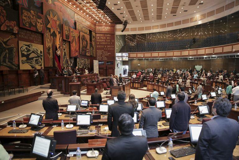 El presidente del Parlamento, César Litardo, dice que 60 de los legisladores tienen abiertos procesos judiciales.