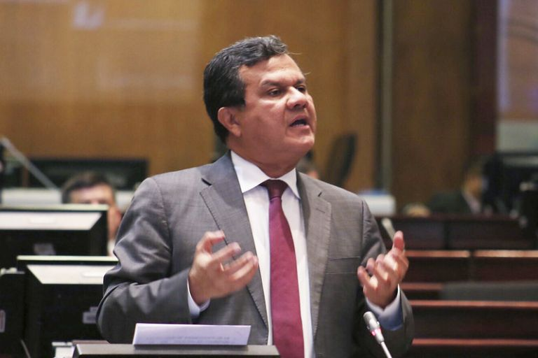 Eliseo Azuero hizo mención a su estado de vulnerabilidad y que por ello no podía estar presente en la sesión.