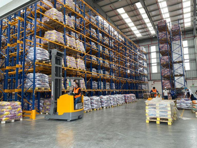 Entre los planes de La Fabril está la exportación de detergente a países de la región.