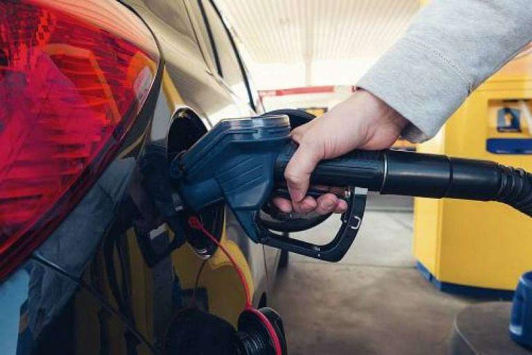 Quedan congelados los precios del gas licuado de petróleo (GLP) para uso doméstico, agrícola o vehicular.