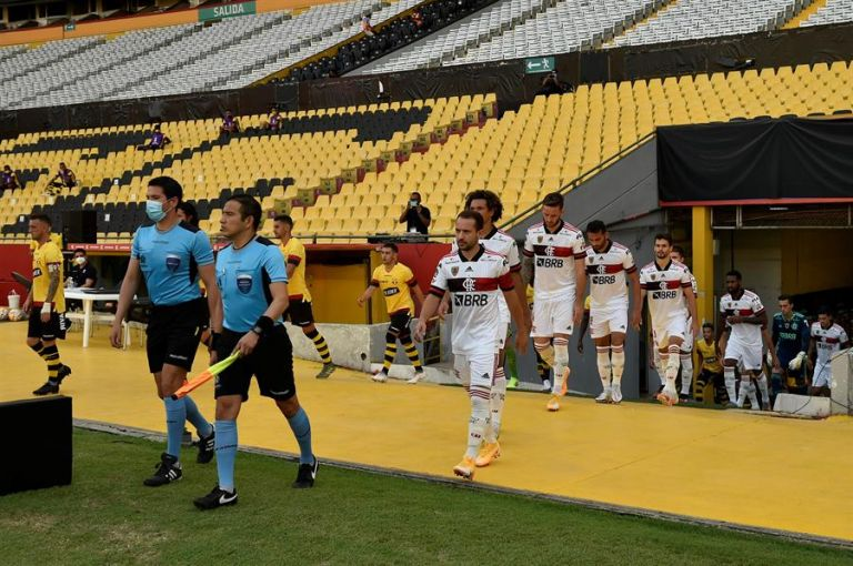 Flamengo jugó hace pocos días en Ecuador contra Independiente del Valle y Barcelona. Foto: EFE.